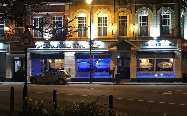 Отель The Dorrington Великобритания, Халстед - отзывы, цены и фото номеров - забронировать отель The Dorrington онлайн вид на фасад