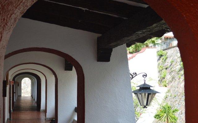 El Tapatio Hotel And Resort вид на фасад