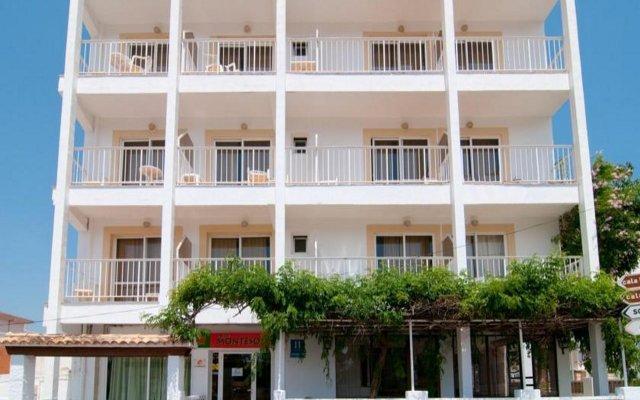 Отель Hostal Montesol вид на фасад