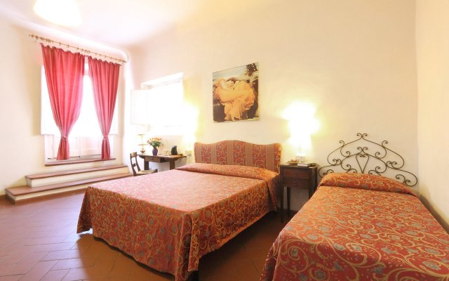 Hotel Bavaria комната для гостей