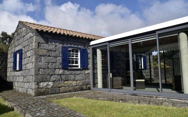 Отель Casas da Fajã вид на фасад