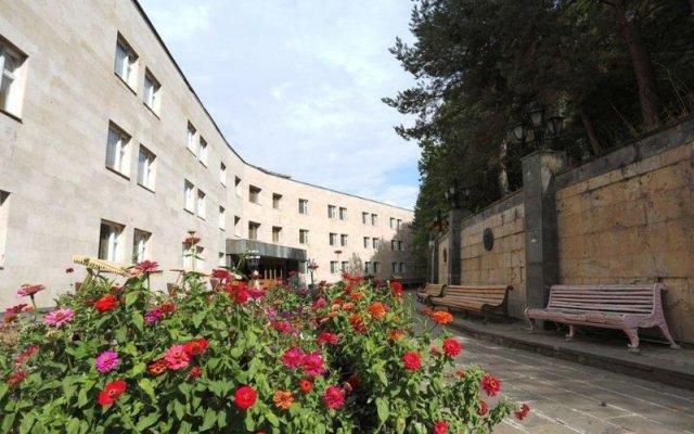 Отель House of Writers Цахкадзор