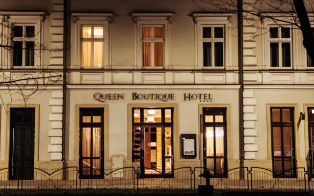 Queen Boutique Hotel вид на фасад