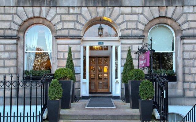 Отель Crowne Plaza Edinburgh - Royal Terrace Великобритания, Эдинбург - отзывы, цены и фото номеров - забронировать отель Crowne Plaza Edinburgh - Royal Terrace онлайн вид на фасад