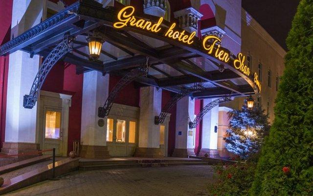 Гостиница Grand Tien Shan Hotel Казахстан, Алматы - 2 отзыва об отеле, цены и фото номеров - забронировать гостиницу Grand Tien Shan Hotel онлайн вид на фасад