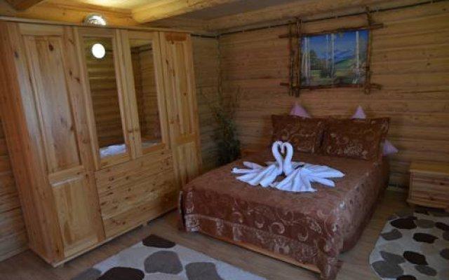 Гостиница Шепот Карпат Украина, Поляна - отзывы, цены и фото номеров - забронировать гостиницу Шепот Карпат онлайн комната для гостей