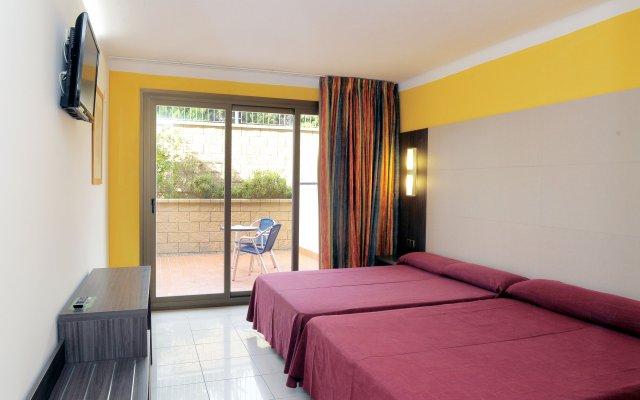 Отель San Carlos Испания, Курорт Росес - отзывы, цены и фото номеров - забронировать отель San Carlos онлайн комната для гостей