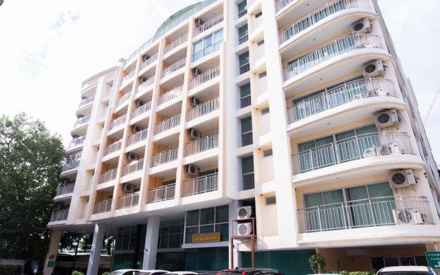 Отель Golden Pearl Hotel Таиланд, Бангкок - отзывы, цены и фото номеров - забронировать отель Golden Pearl Hotel онлайн вид на фасад