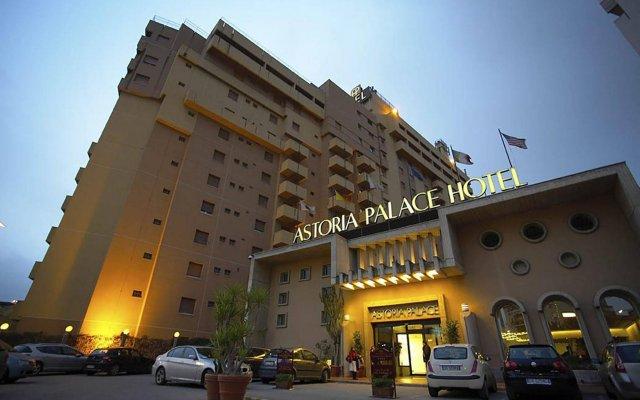 Astoria Palace Hotel вид на фасад