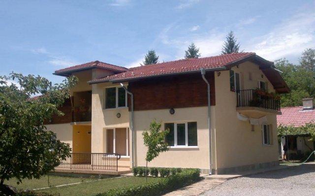 Отель Villa Nanevi Болгария, Копривштица - отзывы, цены и фото номеров - забронировать отель Villa Nanevi онлайн вид на фасад