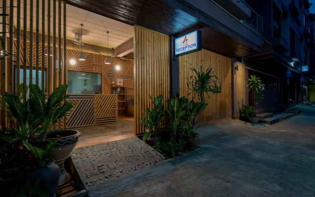 Отель Amarin Hotel Patong Таиланд, Карон-Бич - отзывы, цены и фото номеров - забронировать отель Amarin Hotel Patong онлайн вид на фасад