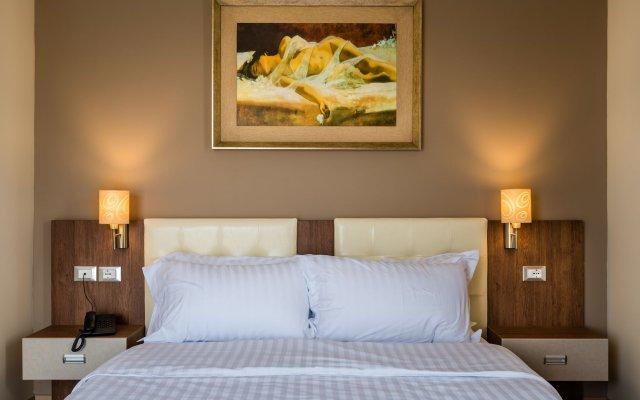 Dilo Hotel 1