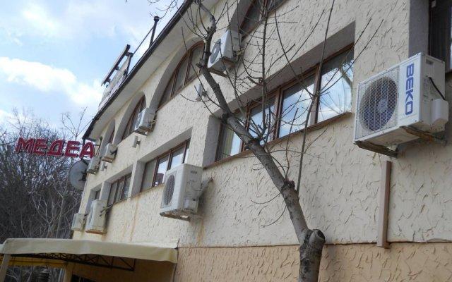 Medea Hotel вид на фасад