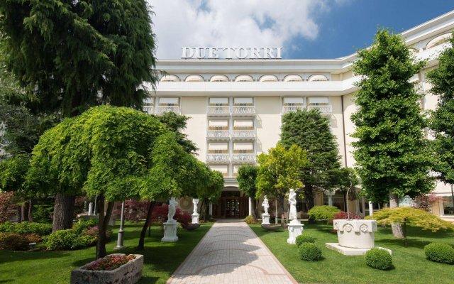 Отель Due Torri Италия, Абано-Терме - отзывы, цены и фото номеров - забронировать отель Due Torri онлайн вид на фасад