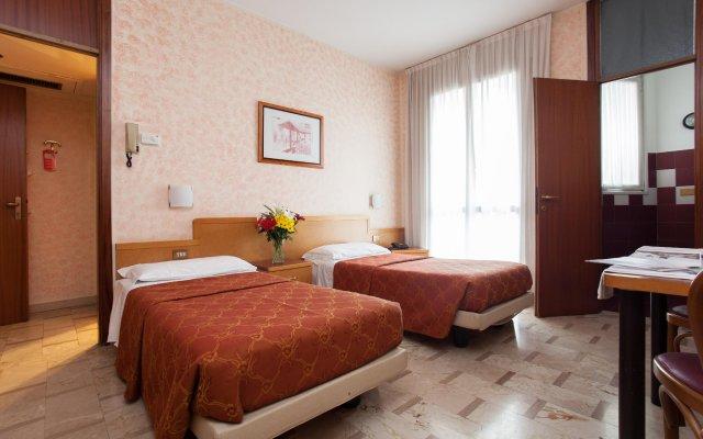 Отель IH Hotels Milano ApartHotel Argonne Park Италия, Милан - 2 отзыва об отеле, цены и фото номеров - забронировать отель IH Hotels Milano ApartHotel Argonne Park онлайн комната для гостей