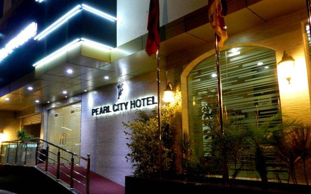 Отель Pearl City Hotel Шри-Ланка, Коломбо - отзывы, цены и фото номеров - забронировать отель Pearl City Hotel онлайн вид на фасад