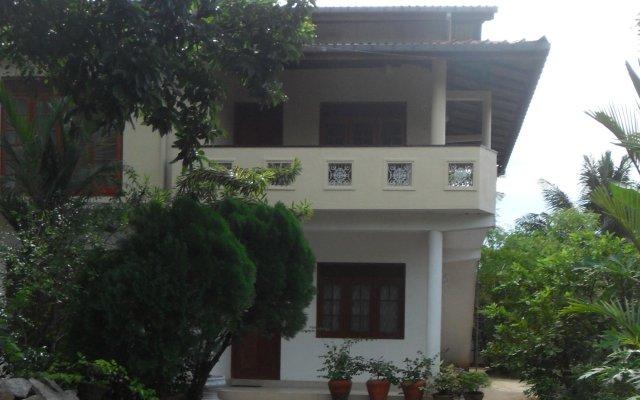 Отель Serene Residence Шри-Ланка, Калутара - отзывы, цены и фото номеров - забронировать отель Serene Residence онлайн вид на фасад