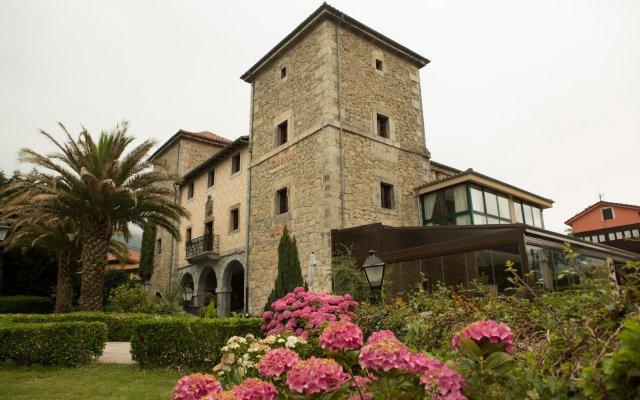 Hotel Palacio Torre de Ruesga вид на фасад
