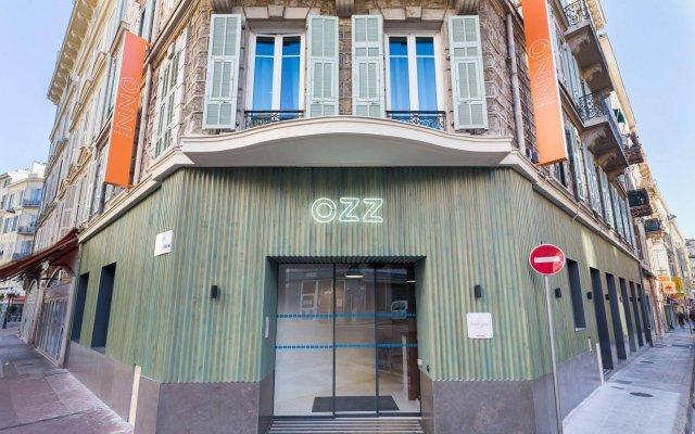 Отель Hôtel OZZ By Happyculture вид на фасад
