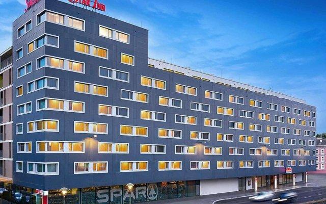Star Inn Hotel Wien Schönbrunn, by Comfort вид на фасад