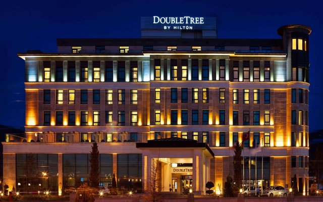 DoubleTree by Hilton Hotel Van Турция, Ван - отзывы, цены и фото номеров - забронировать отель DoubleTree by Hilton Hotel Van онлайн вид на фасад