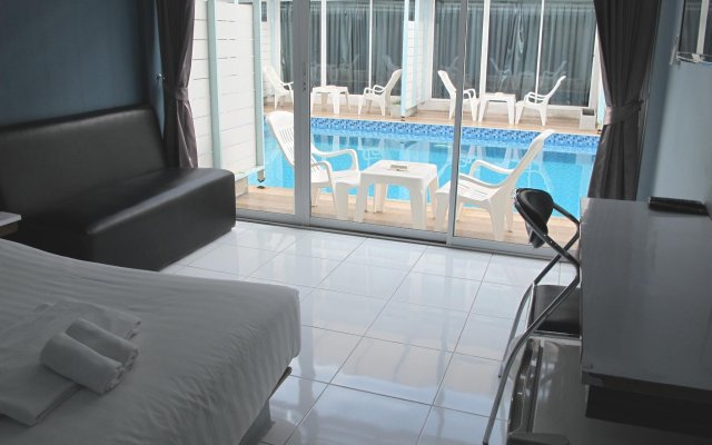 Отель Pool Villa Donmueang Бангкок комната для гостей