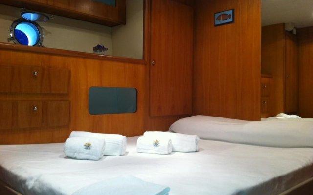 Отель Yacht Fortebraccio Venezia комната для гостей