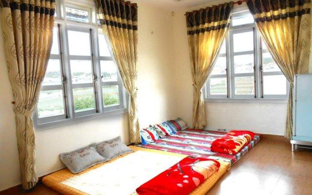 Отель Villa Y Thu Dalat Далат комната для гостей