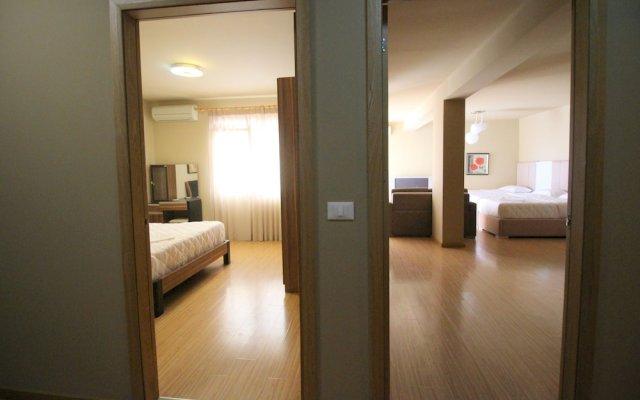 Eval Hotel Sarande 0
