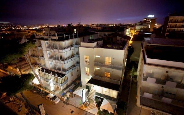 Hotel Marina Bay вид на фасад
