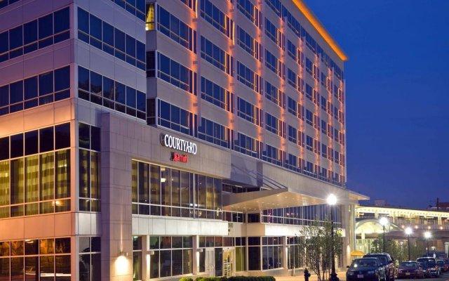 Отель Courtyard Washington, DC/U.S. Capitol США, Вашингтон - 1 отзыв об отеле, цены и фото номеров - забронировать отель Courtyard Washington, DC/U.S. Capitol онлайн вид на фасад