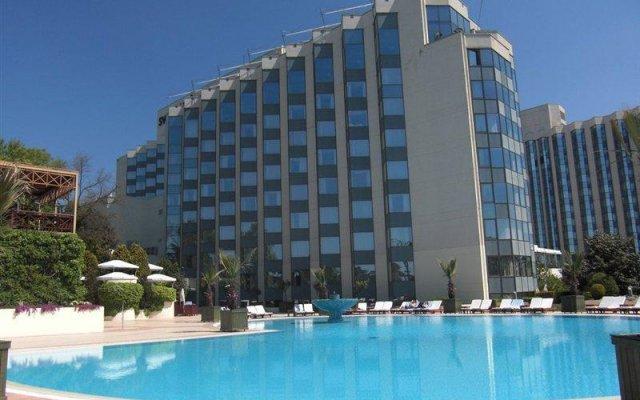 Отель Swissotel The Bosphorus Istanbul бассейн