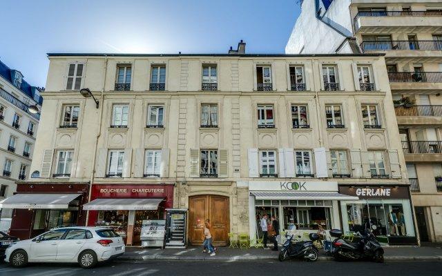 Апартаменты Sweet inn Apartments Saint Germain вид на фасад