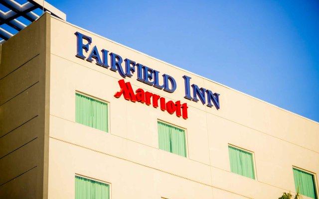 Отель Fairfield Inn by Marriott Los Cabos вид на фасад