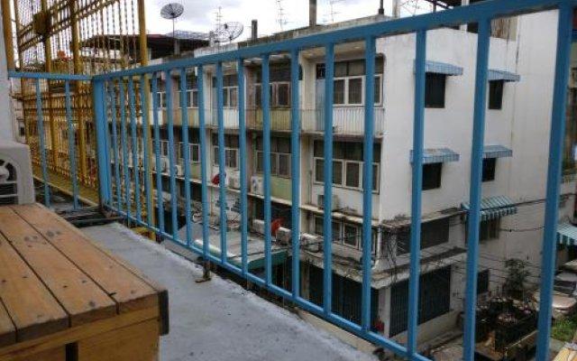 Отель Sleep BKK вид на фасад