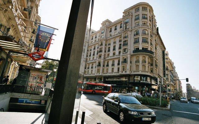 Отель Hostal Jerez вид на фасад