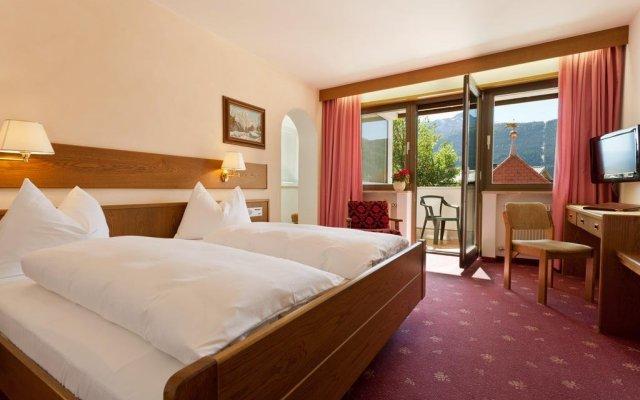 Отель Zum Mohren Италия, Горнолыжный курорт Ортлер - отзывы, цены и фото номеров - забронировать отель Zum Mohren онлайн комната для гостей