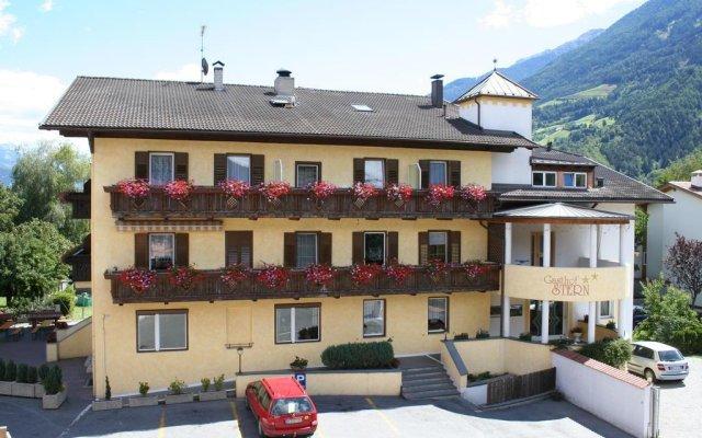 Отель Gasthof Stern Прато-алло-Стелвио вид на фасад