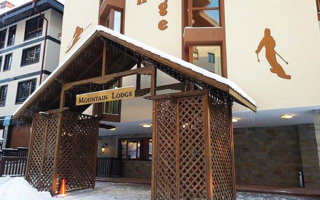 Отель Mountain Lodge вид на фасад