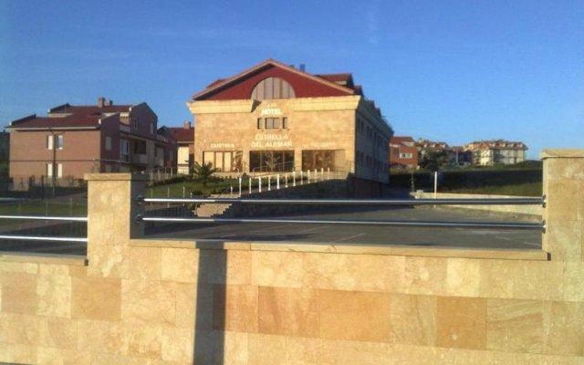 Отель Estrella del Alemar вид на фасад