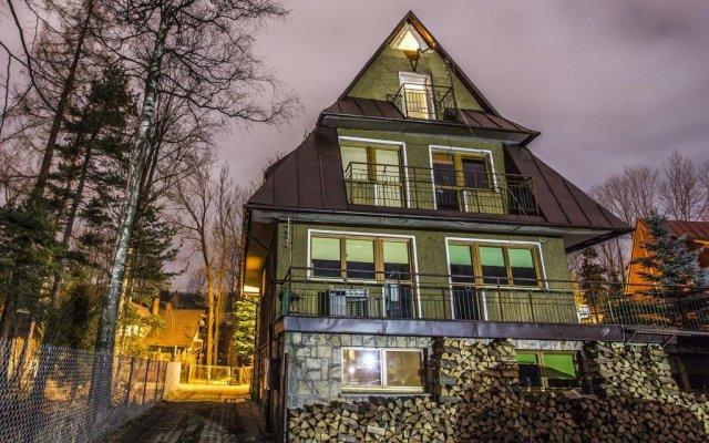 Отель Willa Ustronie вид на фасад