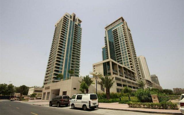 Отель HiGuests Vacation Homes - Golf Towers вид на фасад