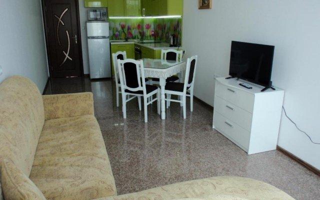Отель Cherno More 2 Болгария, Поморие - отзывы, цены и фото номеров - забронировать отель Cherno More 2 онлайн комната для гостей