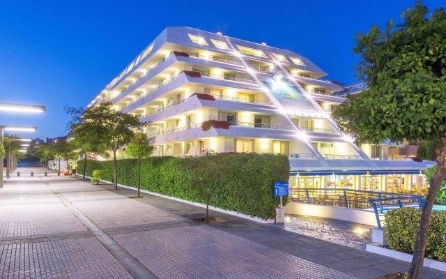Hotel Montemar Maritim вид на фасад