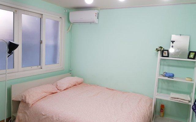 Отель The Black Whale Сеул комната для гостей