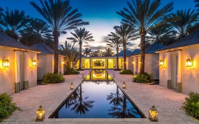 Отель The Palms Turks and Caicos вид на фасад
