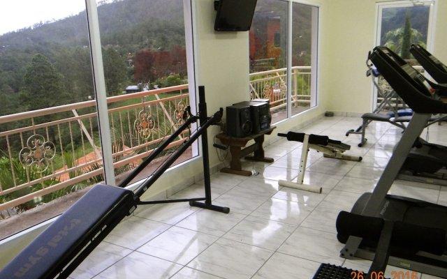 Отель Cabañas los Encinos Гондурас, Тегусигальпа - отзывы, цены и фото номеров - забронировать отель Cabañas los Encinos онлайн вид на фасад