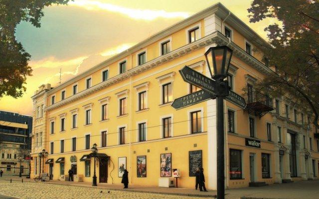 Гостиница Роял Стрит вид на фасад