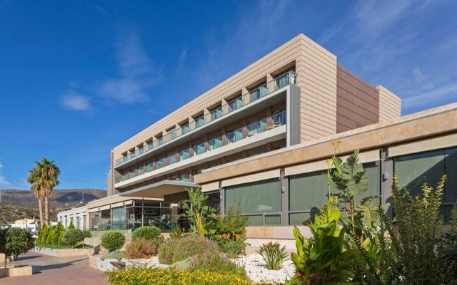 I Resort Beach hotel & Spa вид на фасад
