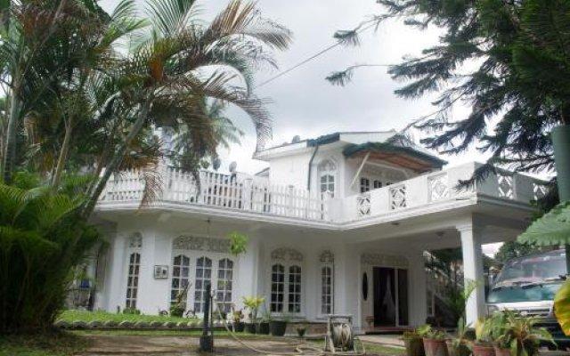 Sethsura Grand Hotel вид на фасад